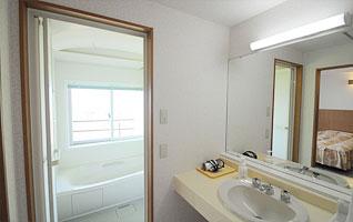 room-ph04
