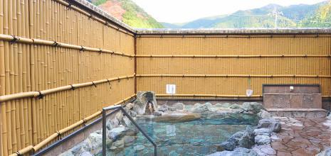 疲れを癒すラジウム温泉